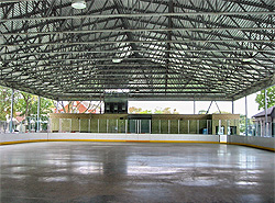 Lanspeary Rink with the roof